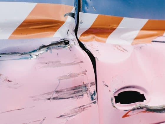 Blechschaden an Auto-Karosserie